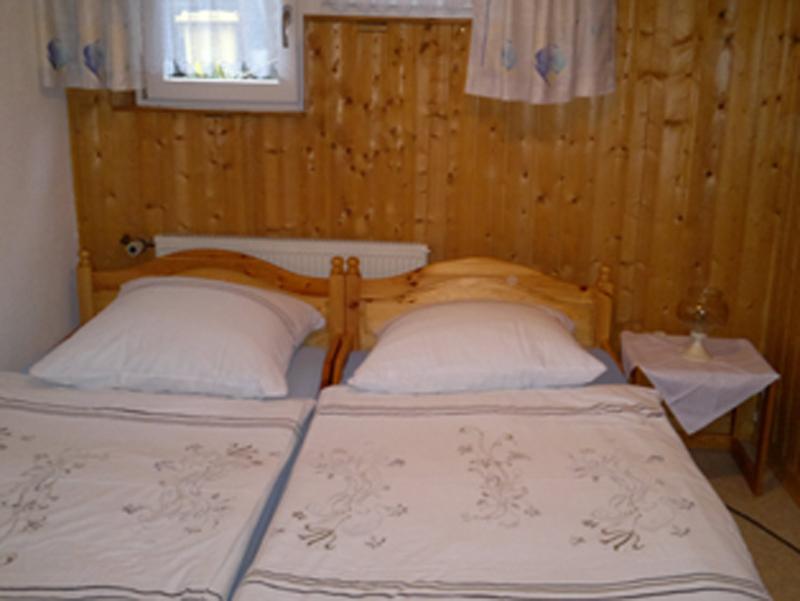 ferienwohnung gh. Black Bedroom Furniture Sets. Home Design Ideas